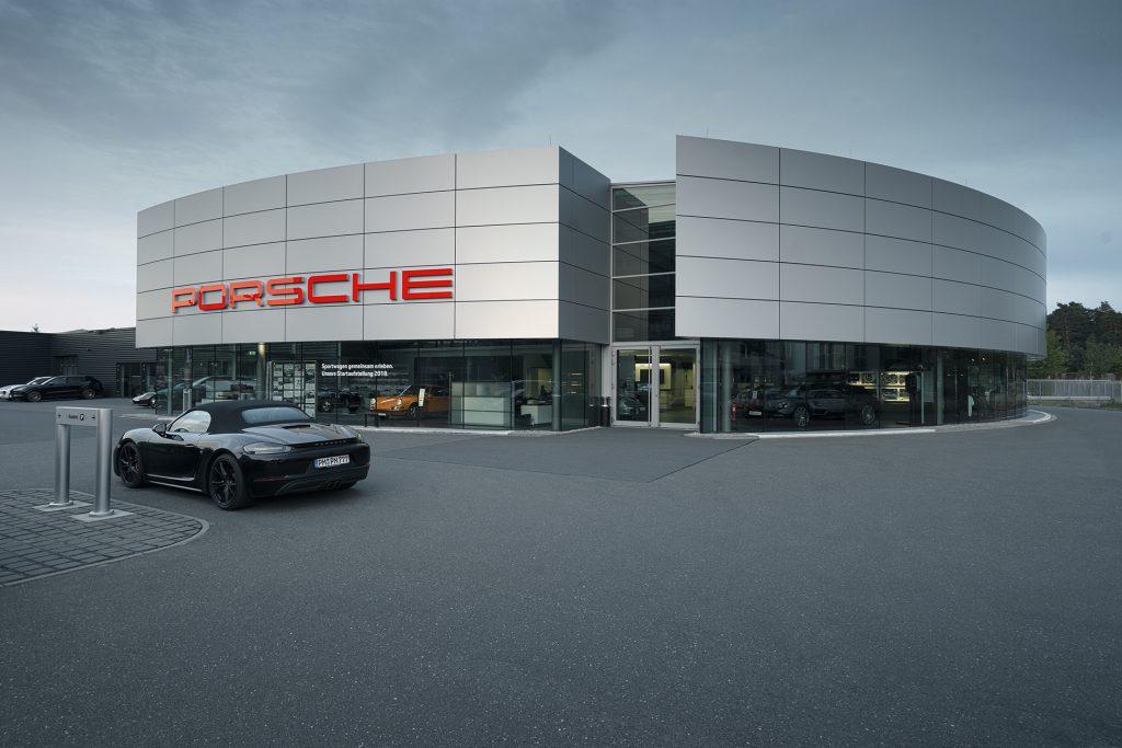 Bildbearbeitung Autohaus